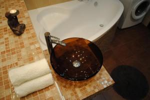 1_vonia is virsasu